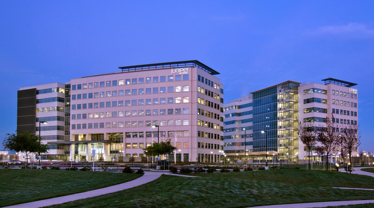 Juniper Networks HQ 001